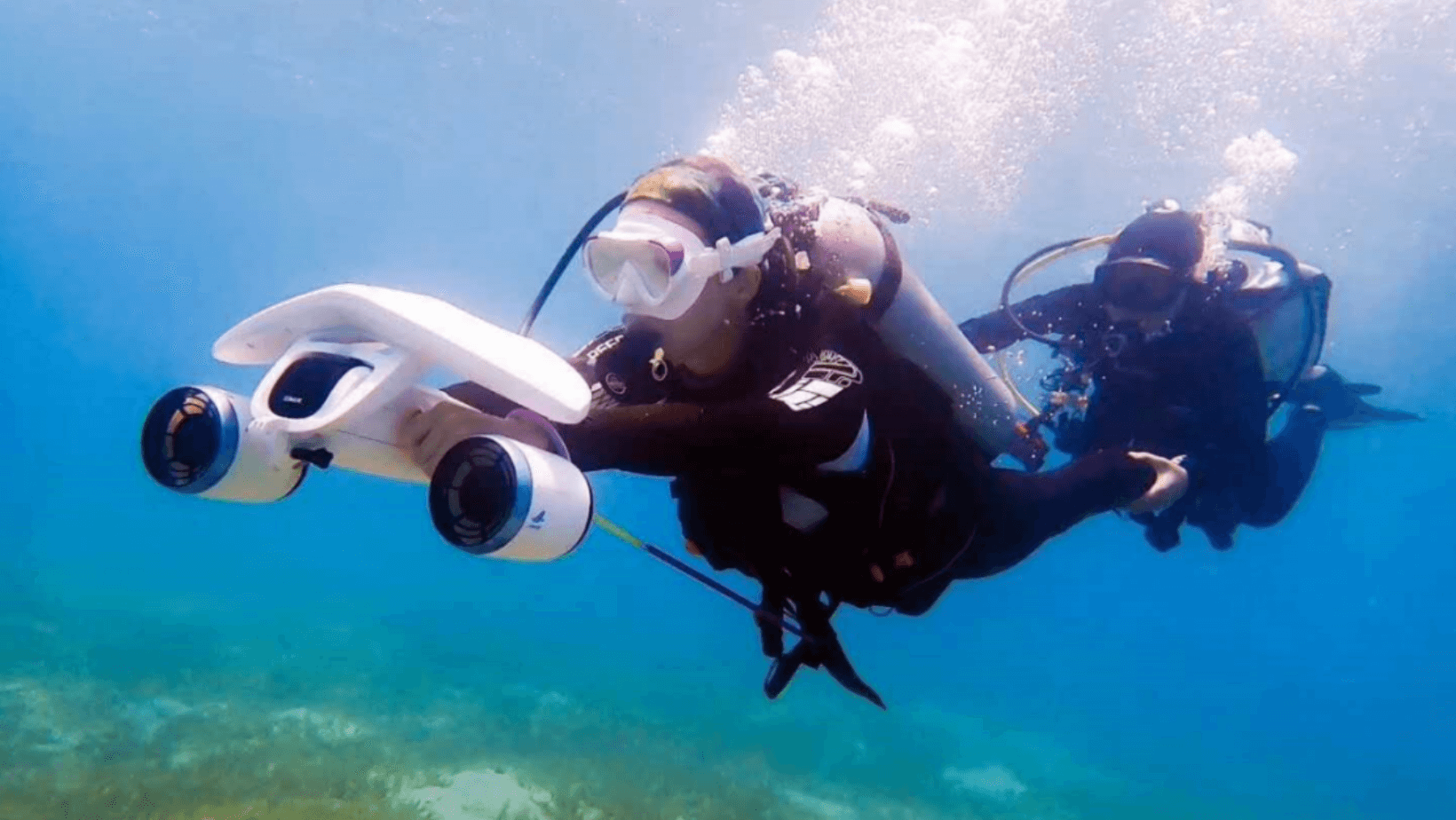 underwater scooters - banner